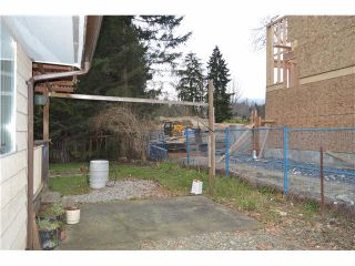 Photo 9: 1562 E KEITH Road in NORTH VANC: Lynnmour House for sale (North Vancouver)  : MLS®# V1105876