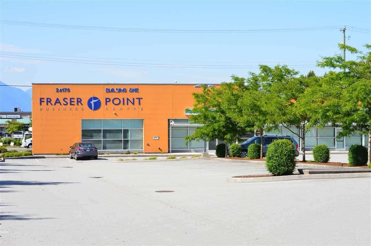 Main Photo: 1 20178 96 Avenue in Langley: Walnut Grove Retail for lease : MLS®# C8036481