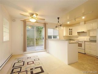 Photo 7: 102 1037 Richardson St in VICTORIA: Vi Fairfield West Condo for sale (Victoria)  : MLS®# 650548