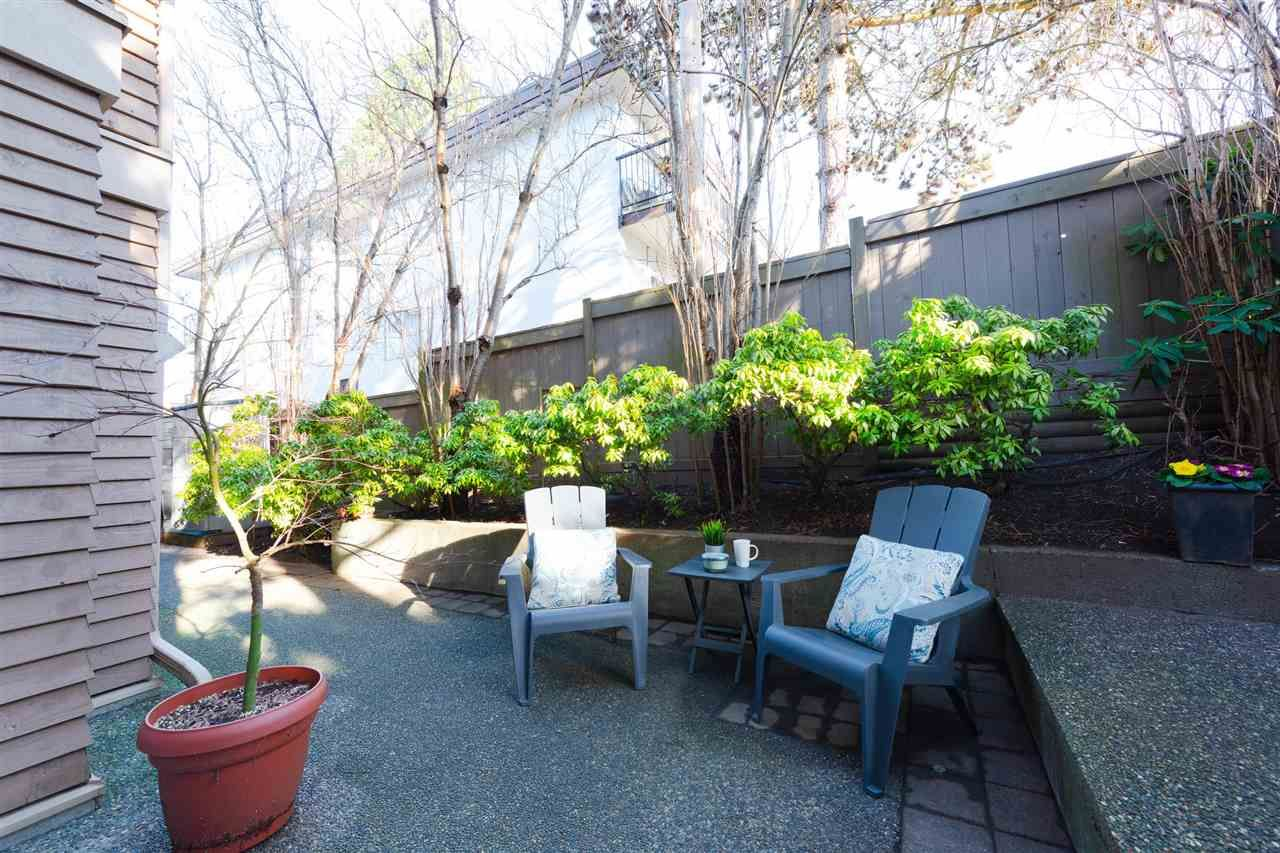 Photo 2: Photos: 105 3218 ONTARIO STREET in Vancouver: Main Condo for sale (Vancouver East)  : MLS®# R2333205