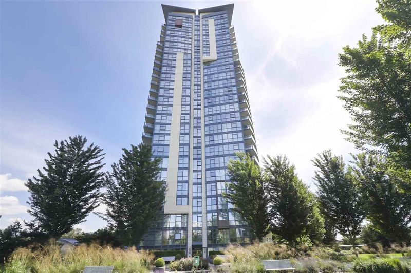 FEATURED LISTING: 502 - 2225 HOLDOM Avenue Burnaby