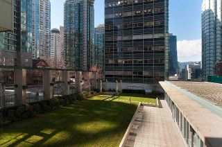 Photo 17: 2104 1239 W GEORGIA STREET in Vancouver: Coal Harbour Condo for sale (Vancouver West)  : MLS®# R2195458