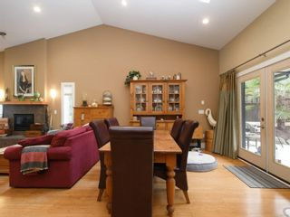 Photo 12: 6830 East Saanich Rd in : CS Saanichton House for sale (Central Saanich)  : MLS®# 873148