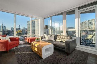 "Photo 1: 2601 1033 MARINASIDE Crescent in Vancouver: Yaletown Condo for sale in ""QUAYWEST"" (Vancouver West)  : MLS®# R2505008"