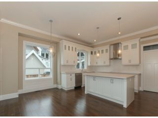 Photo 6: 337 171A Street in Surrey: Pacific Douglas Home for sale ()  : MLS®# F1426277