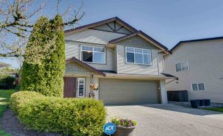 Photo 3: 3778 SHERIDAN Place in Abbotsford: Abbotsford East House for sale : MLS®# R2568030