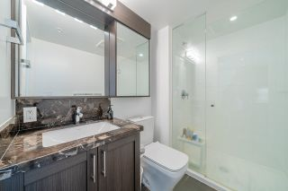 """Photo 18: 2507 5665 BOUNDARY Road in Vancouver: Collingwood VE Condo for sale in """"WALL CENTRE CENTRAL PARK SOUTH"""" (Vancouver East)  : MLS®# R2539277"""