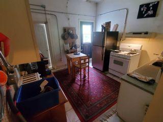 Photo 6: 52 Wales Avenue in Toronto: Kensington-Chinatown House (2 1/2 Storey) for sale (Toronto C01)  : MLS®# C4942139
