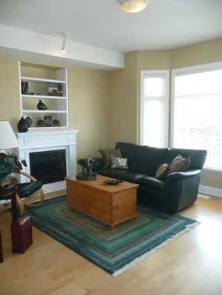 Photo 3: 4471 Gerrard Place in Richmond: Home for sale : MLS®# V777623