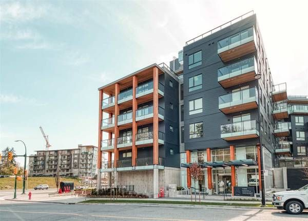 Main Photo: : Vancouver Townhouse for rent : MLS®# AR132