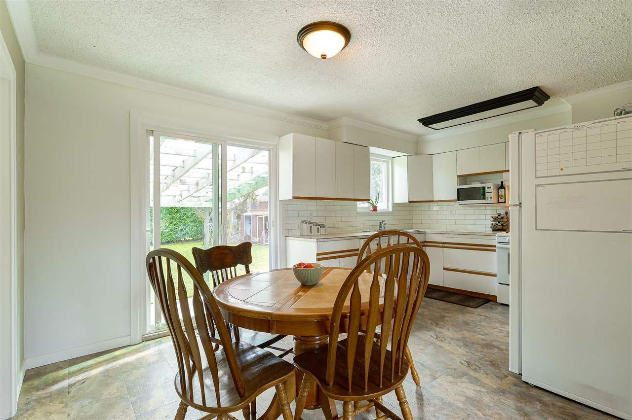 Photo 8: Photos: 11632 STEEVES STREET in Maple Ridge: Southwest Maple Ridge House for sale : MLS®# R2038534