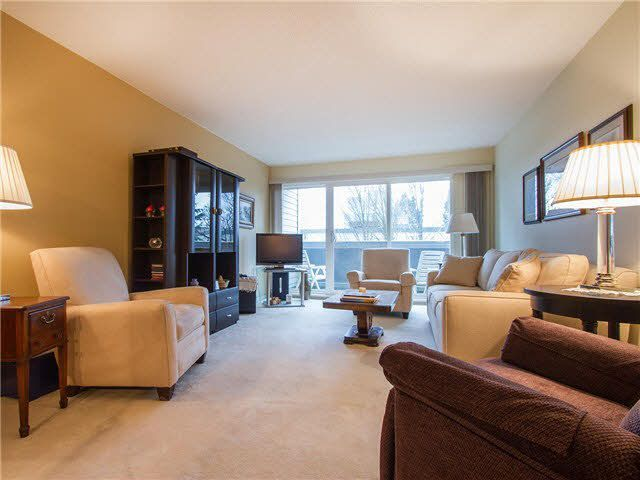 """Main Photo: 305 1775 W 11TH Avenue in Vancouver: Fairview VW Condo for sale in """"Ravenwood"""" (Vancouver West)  : MLS®# V1106649"""