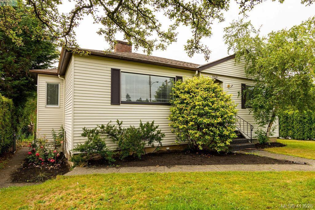 Main Photo: 3887 Seaton St in VICTORIA: SW Tillicum House for sale (Saanich West)  : MLS®# 820853