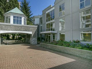 Photo 1: 210 8450 JELLICOE Street in Vancouver: Fraserview VE Condo for sale (Vancouver East)  : MLS®# V1138957