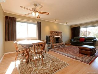 Photo 6: 1216 Loenholm Rd in VICTORIA: SW Layritz House for sale (Saanich West)  : MLS®# 769227