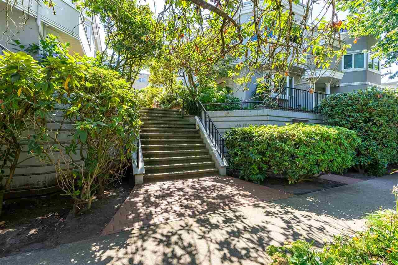 """Main Photo: 15 1182 W 7TH Avenue in Vancouver: Fairview VW Condo for sale in """"The San Franciscan"""" (Vancouver West)  : MLS®# R2483795"""