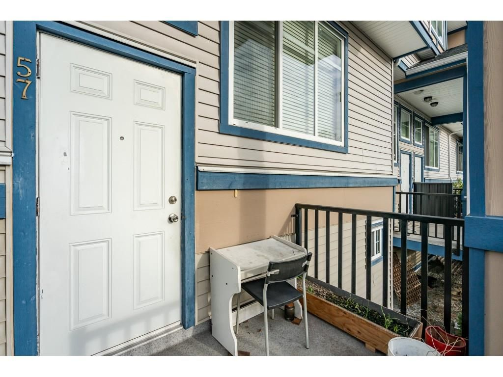 """Photo 5: Photos: 57 13899 LAUREL Drive in Surrey: Whalley Townhouse for sale in """"Emerald Gardens"""" (North Surrey)  : MLS®# R2527402"""
