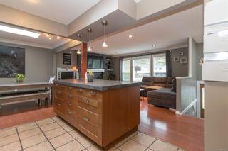 Photo 13: 1312 Wilhelmina Way in Langford: La Glen Lake House for sale : MLS®# 888105