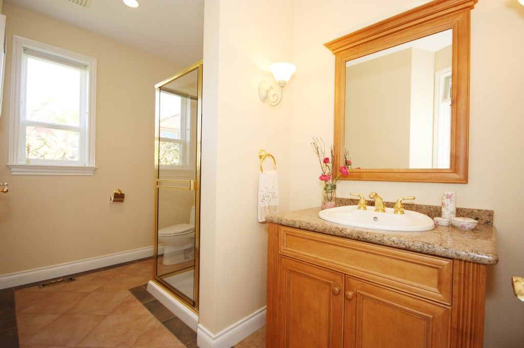 Photo 14: Photos: 2292 137 Street in Surrey: Elgin Chantrell House for sale (South Surrey White Rock)  : MLS®# F1311873