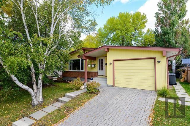 Main Photo: 22 Salisbury Crescent in Winnipeg: Waverley Heights Residential for sale (1L)  : MLS®# 1826434