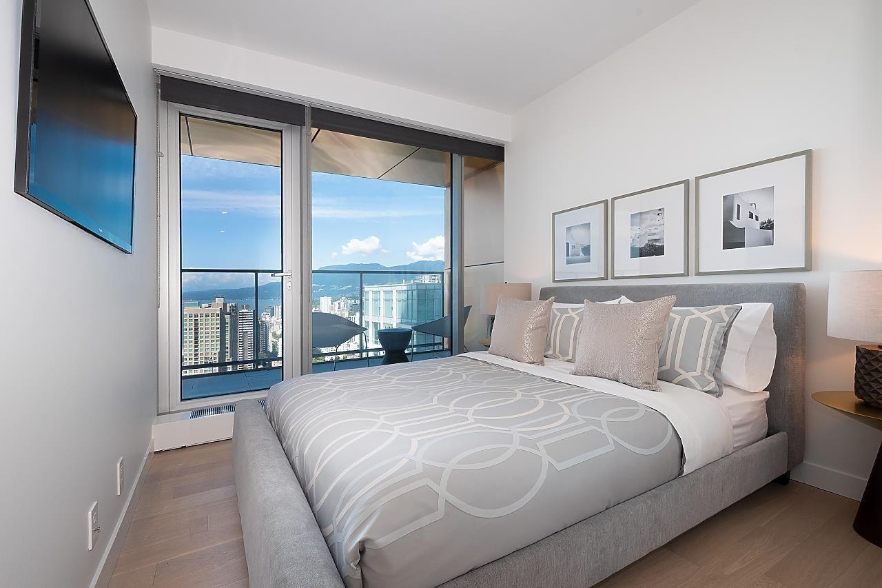 """Photo 23: Photos: 3703 1480 HOWE Street in Vancouver: Yaletown Condo for sale in """"Vancouver House"""" (Vancouver West)  : MLS®# R2527999"""