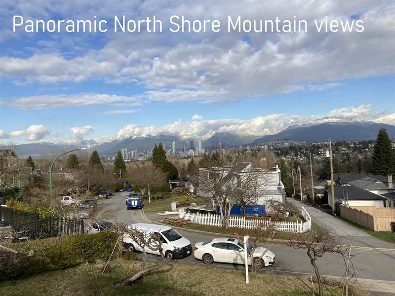 FEATURED LISTING: 5669 OAKGLEN Drive Burnaby