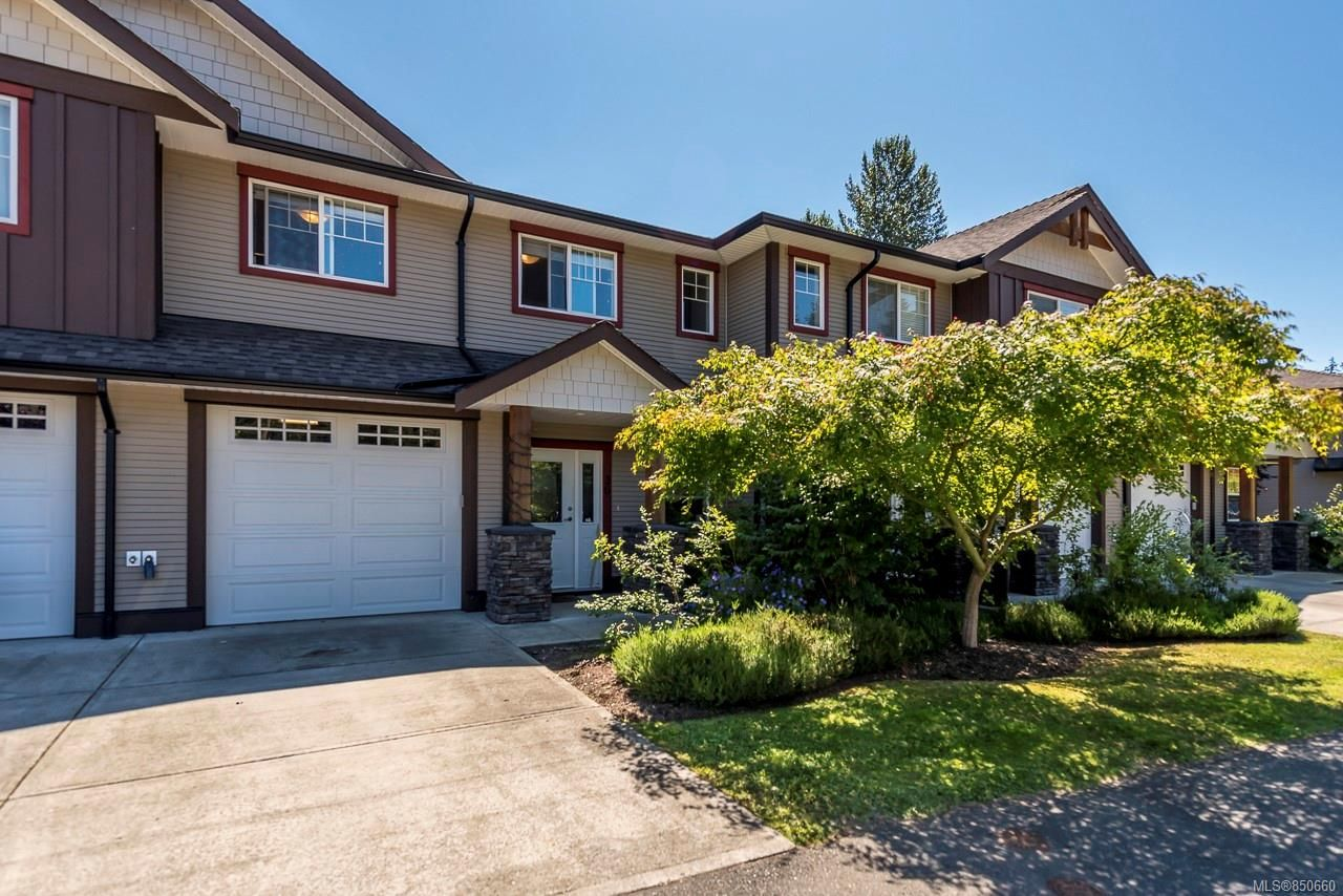 Main Photo: 36 2112 Cumberland Rd in : CV Courtenay City Row/Townhouse for sale (Comox Valley)  : MLS®# 850660