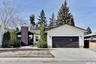 Photo 1: 318 OBrien Crescent in Saskatoon: Silverwood Heights Residential for sale : MLS®# SK847152