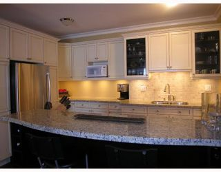 """Photo 5: 308 1655 NELSON Street in Vancouver: West End VW Condo for sale in """"HEMPSTEAD MANOR"""" (Vancouver West)  : MLS®# V669413"""