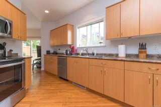 Photo 12: 102 951 Goldstream Ave in : La Langford Proper Row/Townhouse for sale (Langford)  : MLS®# 886212