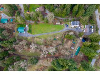 Photo 1: 27350 110 Avenue in Maple Ridge: Whonnock House for sale : MLS®# R2558952