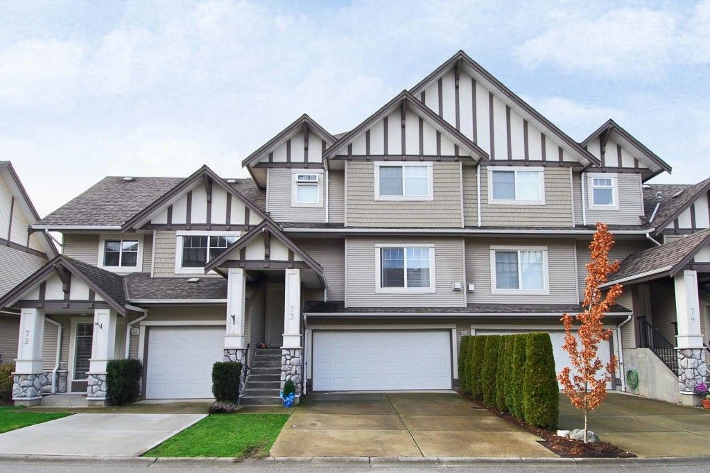 Main Photo: 73 18221 68 Avenue in Surrey: Cloverdale Townhouse for sale : MLS®# F1002771