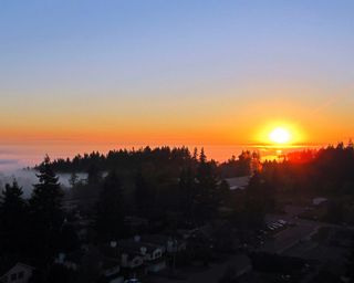 """Photo 37: 1102 14824 NORTH BLUFF Road: White Rock Condo for sale in """"BELAIRE"""" (South Surrey White Rock)  : MLS®# R2350476"""