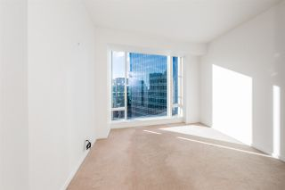 "Photo 18: 2907 1011 W CORDOVA Street in Vancouver: Coal Harbour Condo for sale in ""FAIRMONT PACIFIC RIM"" (Vancouver West)  : MLS®# R2524898"