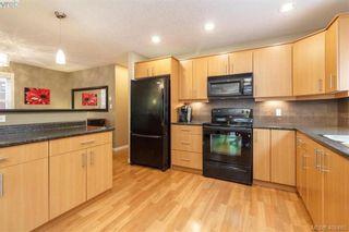 Photo 9: 829 Gannet Crt in VICTORIA: La Bear Mountain House for sale (Langford)  : MLS®# 807786