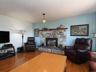 Photo 4: 3389 Mary Anne Cres in : Co Triangle House for sale (Colwood)  : MLS®# 855310
