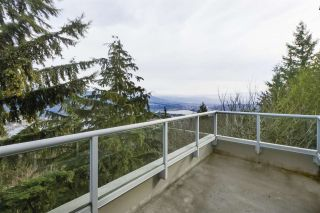 Photo 5: 705 9232 UNIVERSITY CRESCENT in Burnaby: Simon Fraser Univer. Condo for sale (Burnaby North)  : MLS®# R2449677