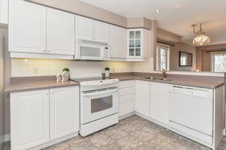 Photo 13: 60 3480 Upper Middle in Burlington: House for sale : MLS®# H4050300