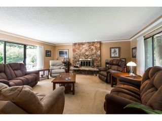 Photo 3: 16766 NORTHVIEW Crescent in Surrey: Grandview Surrey House for sale (South Surrey White Rock)  : MLS®# R2388869