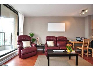 """Photo 3: 1607 1189 HOWE Street in Vancouver: Downtown VW Condo for sale in """"GENESIS"""" (Vancouver West)  : MLS®# V853250"""