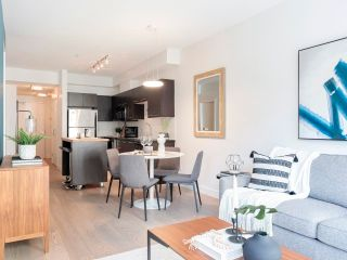 """Photo 14: 212 205 E 10TH Avenue in Vancouver: Mount Pleasant VE Condo for sale in """"The Hub"""" (Vancouver East)  : MLS®# R2621632"""