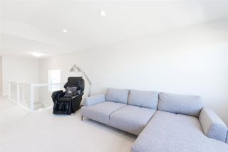 Photo 31: 6918 JOHNNIE CAINE Way in Edmonton: Zone 27 House for sale : MLS®# E4240856