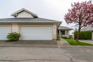 Photo 1: 68 31406 UPPER MACLURE ROAD in Abbotsford: Abbotsford West Townhouse for sale : MLS®# R2571228
