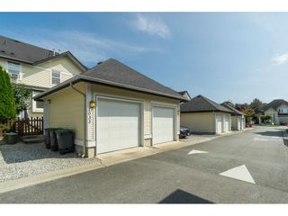 """Photo 20: 7033 179A Street in Surrey: Cloverdale BC Condo for sale in """"Provinceton"""" (Cloverdale)  : MLS®# R2392761"""