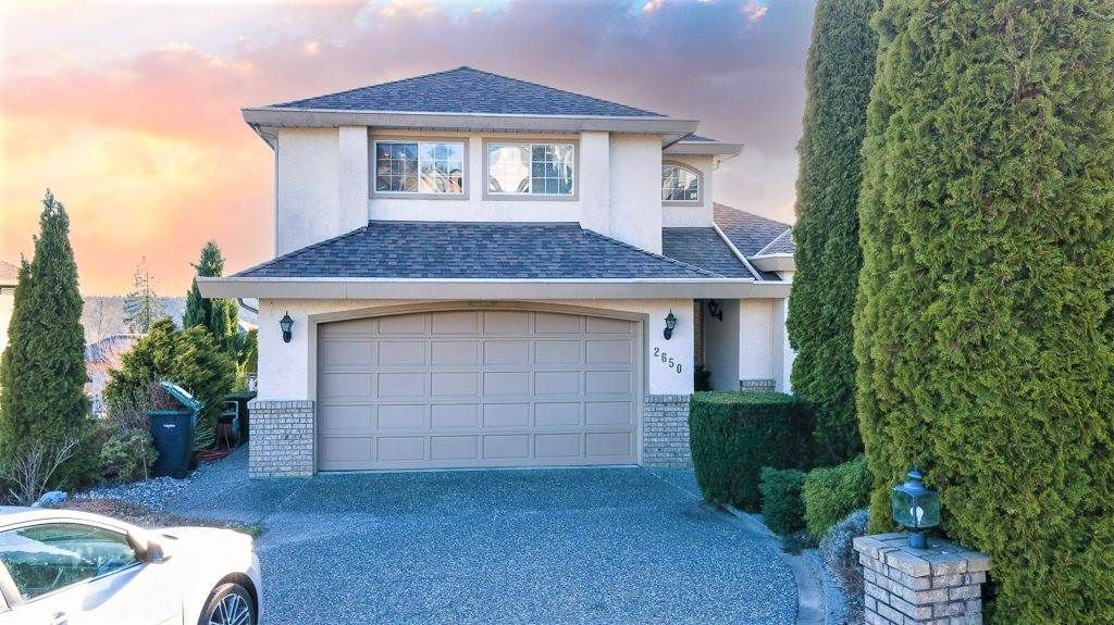 Main Photo: 2650 SANDSTONE Crescent in Coquitlam: Westwood Plateau House for sale : MLS®# R2561424