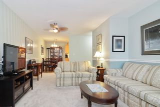 """Photo 5: 302 22722 LOUGHEED Highway in Maple Ridge: East Central Condo for sale in """"MARK'S PLACE"""" : MLS®# R2602812"""
