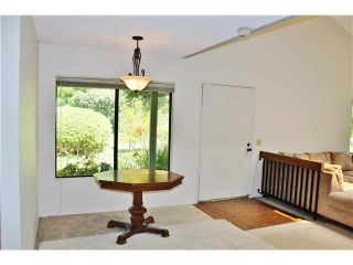 Photo 5: LA JOLLA Townhouse for sale : 2 bedrooms : 8124 Caminito Gianna