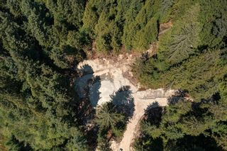 """Photo 4: House 2 Lot 1 MALCOLM CREEK Road: Roberts Creek House for sale in """"Gibsons"""" (Sunshine Coast)  : MLS®# R2602620"""