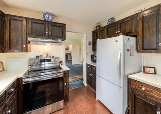Photo 15: 151 Bay View Drive SW in Calgary: Bayview Detached for sale : MLS®# A1141688