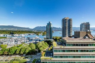 "Photo 12: 1702 1277 MELVILLE Street in Vancouver: Coal Harbour Condo for sale in ""FLATIRON"" (Vancouver West)  : MLS®# R2206172"